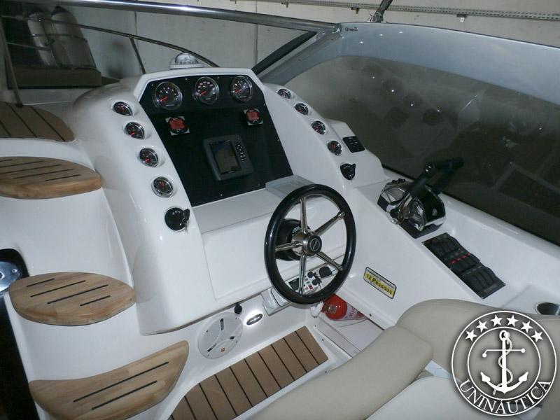 Triton 330