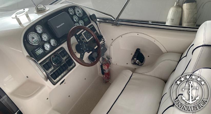 Barco usado Phantom 300 lancha usada ano 2011