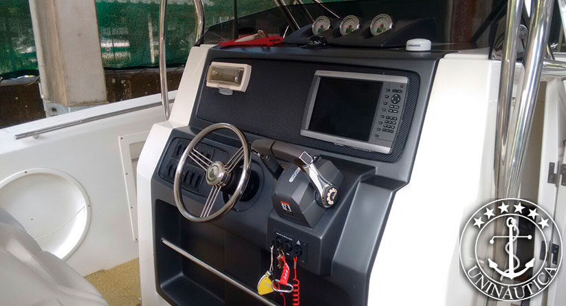 Lancha a venda Fishing 37 ano 2013 barco usado