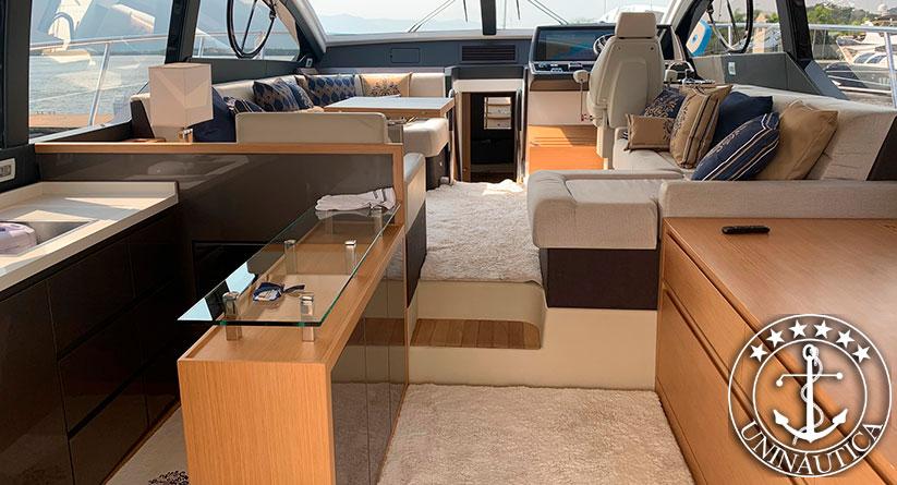 Lancha a venda Schaefer 560 ano 2017 barco usado da Schaefer Yachts