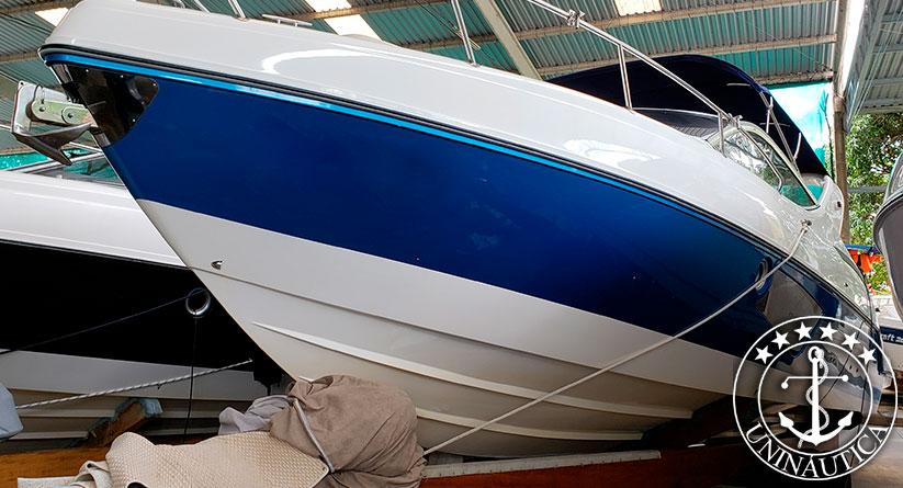 Lancha a venda Phantom 303 com dois motores Mercruiser 220 HP Gasolina seminova barco usado estaleiro Schaefer Yachts
