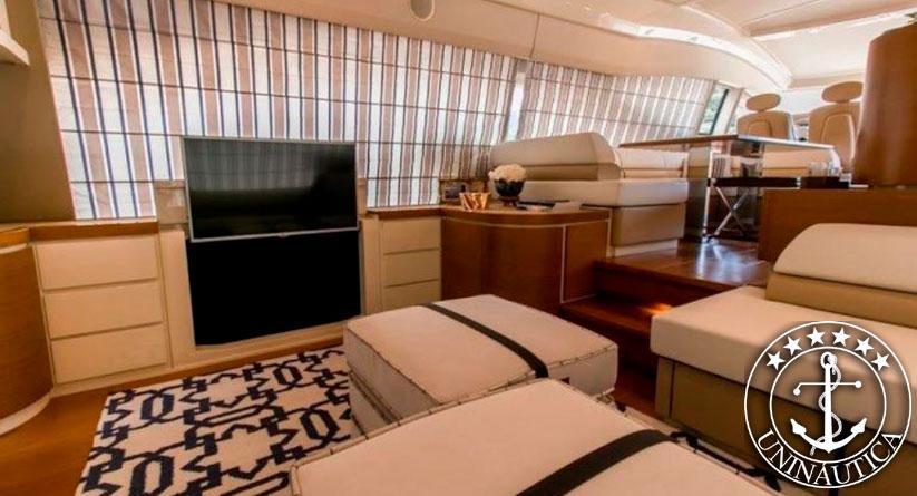 Lancha a venda Azimut 70 barcos usados lanchas azimut yachts ano 2016
