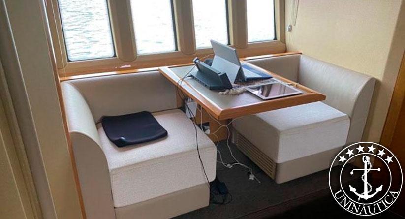 Lancha a venda Azimut 70 barcos usados lanchas azimut yachts ano 2016Lancha a venda Azimut 70 barcos usados lanchas azimut yachts ano 2016