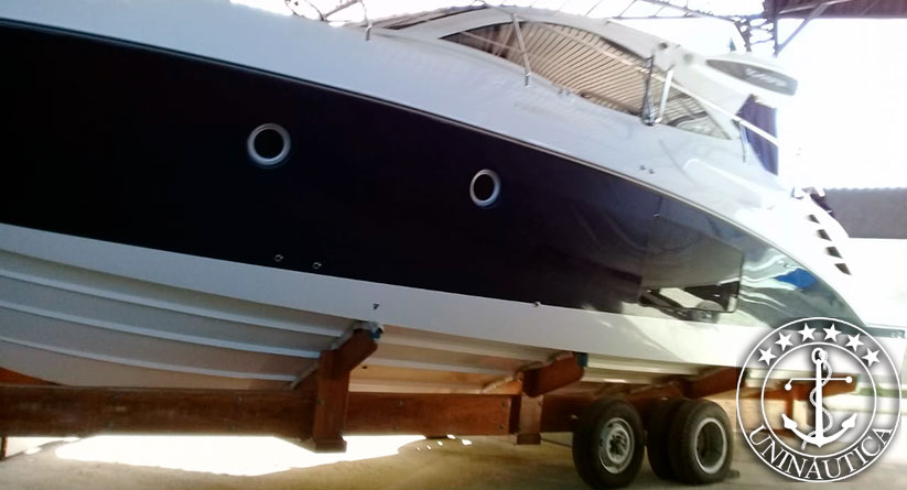 Lancha a venda phantom 400 barcos usados estaleiro Schaefer Yachts barcos seminovos usados e novos