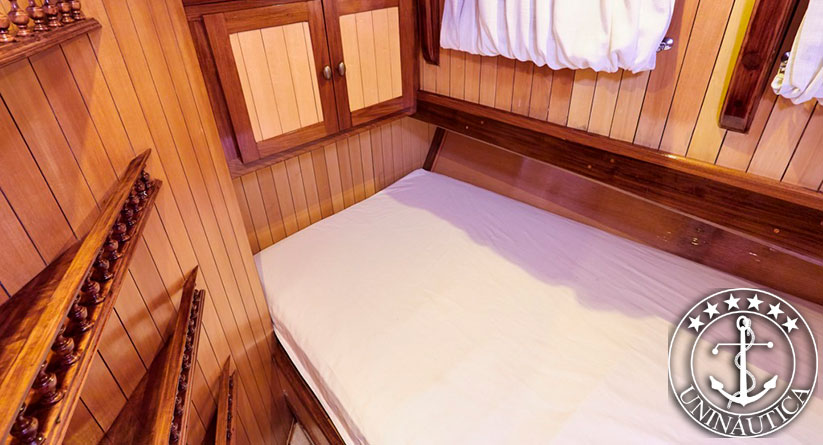Lancha a venda Trawler 72 barcos usados e seminovos