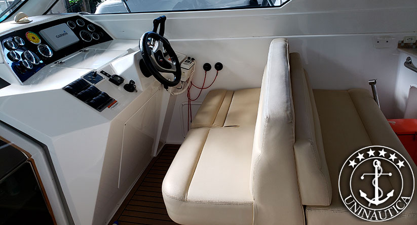 Lancha a venda Cimitarra 380 fabricada pelo estaleiro Cimitarra ano 2013 barcos usados e seminovos