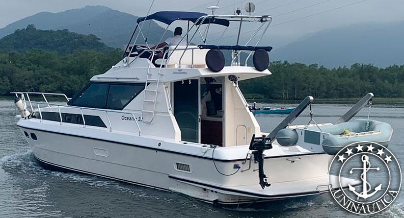 Lancha a venda Oceanic 36 fabricada em 1989 pelo estaleiro Intermarine barco usado e seminovo
