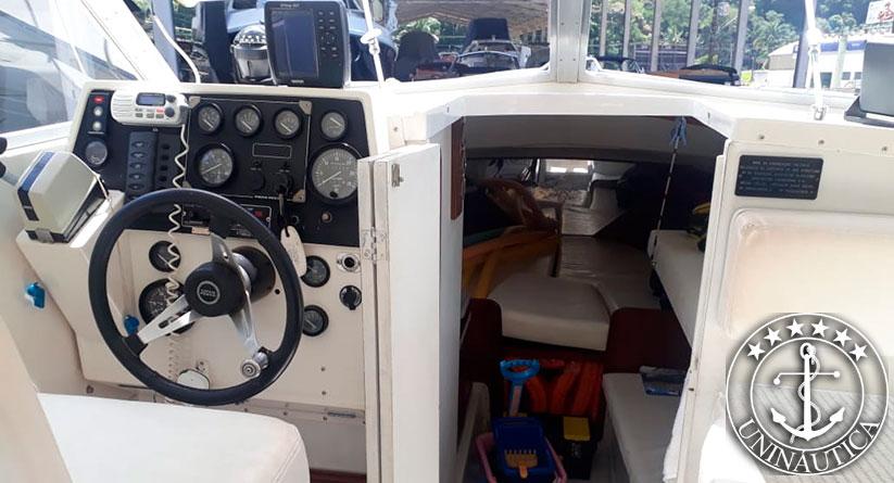 Lancha a venda Carbrasmar 295 barco usado com motor Volvo Penta Diesel