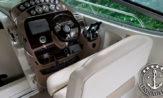 lancha a venda bayliner 350 fabricada pela Brunswick no Brasil em 2013 com dois Mercruiser barco seminovo e usados