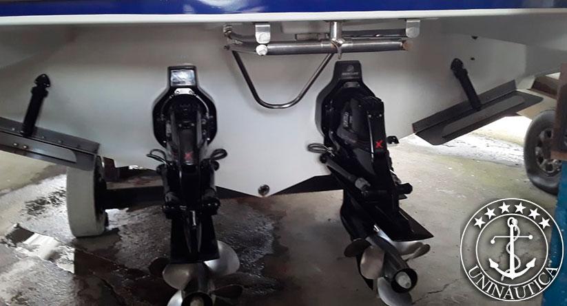 Lancha a venda Magnum 39 com dois motores Mercruiser Diesel barco usado e seminovo