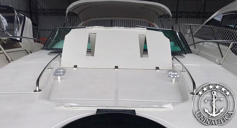 Lancha a venda Phantom 365 com dois motores Volvo Penta D4 300HP barcos usados e seminovos