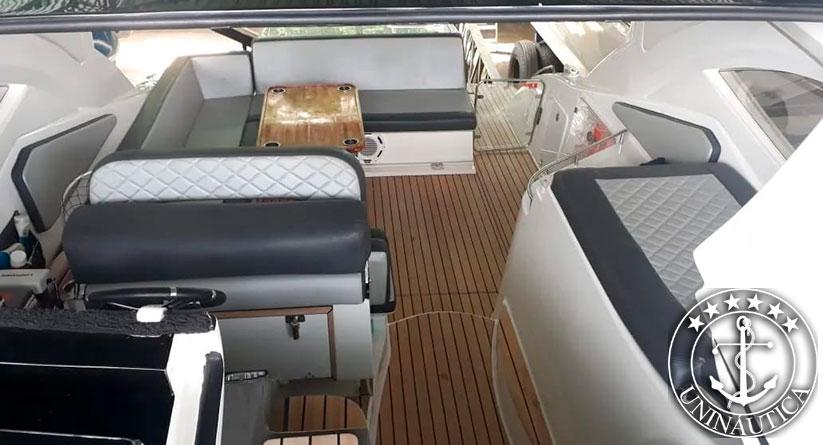 lancha a venda phantom 375 fabricada pelo estaleiro Schaefer Yachts no ano de 2017 barcos usados e seminovos