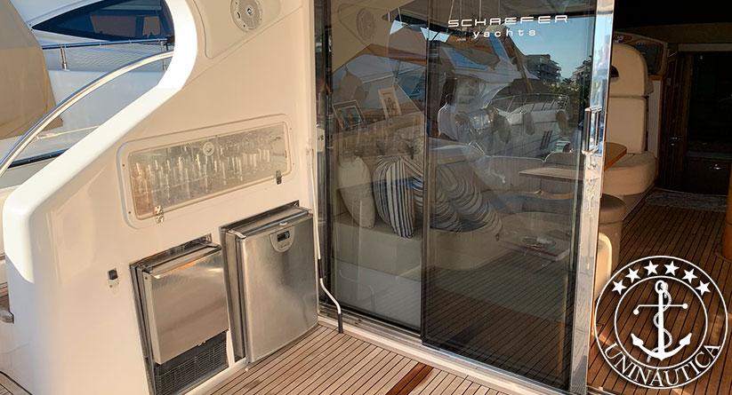 Lancha a venda Phantom 500 fly com dois motores Volvo Penta 575HP fabricada em 2008 pelo estaleiro Schaefer Yachts lanchas usadas e seminovas