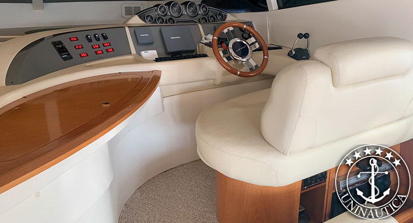 Lancha a venda Intermarine 560 Full com dois motores Volvo Penta D12 715HP estaleiro Intermarine Lanchas usadas e seminovos