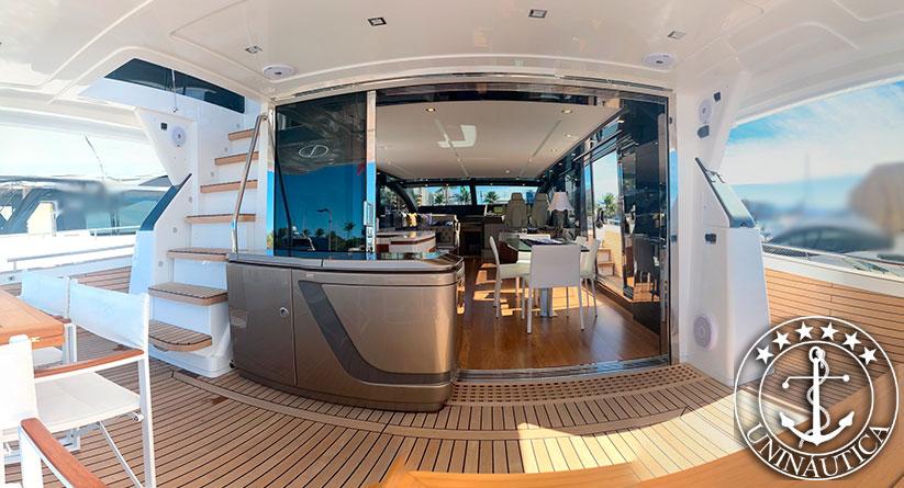 Lancha a venda Schaefer 770 fabricada pelo estaleiro Schaefer Yachts no ano de 2021 com apenas 45h de uso, completa barco usado e seminovos