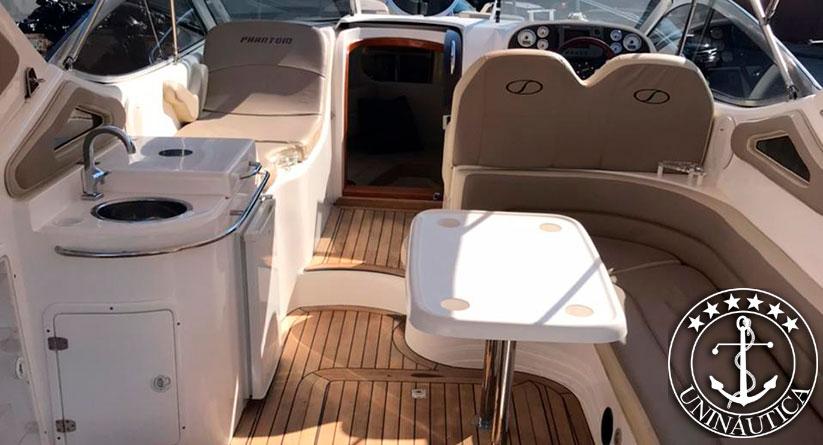 Lancha a venda Phantom 300 com dois Volvo Penta D3 220 HP barcos usados e seminovos